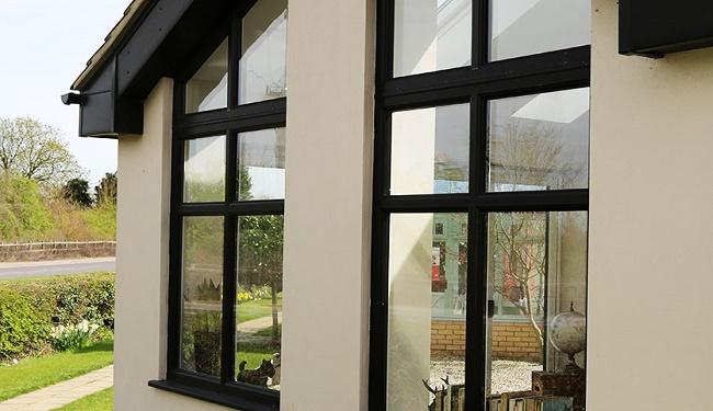 درب و پنجره upvc و الومینیوم